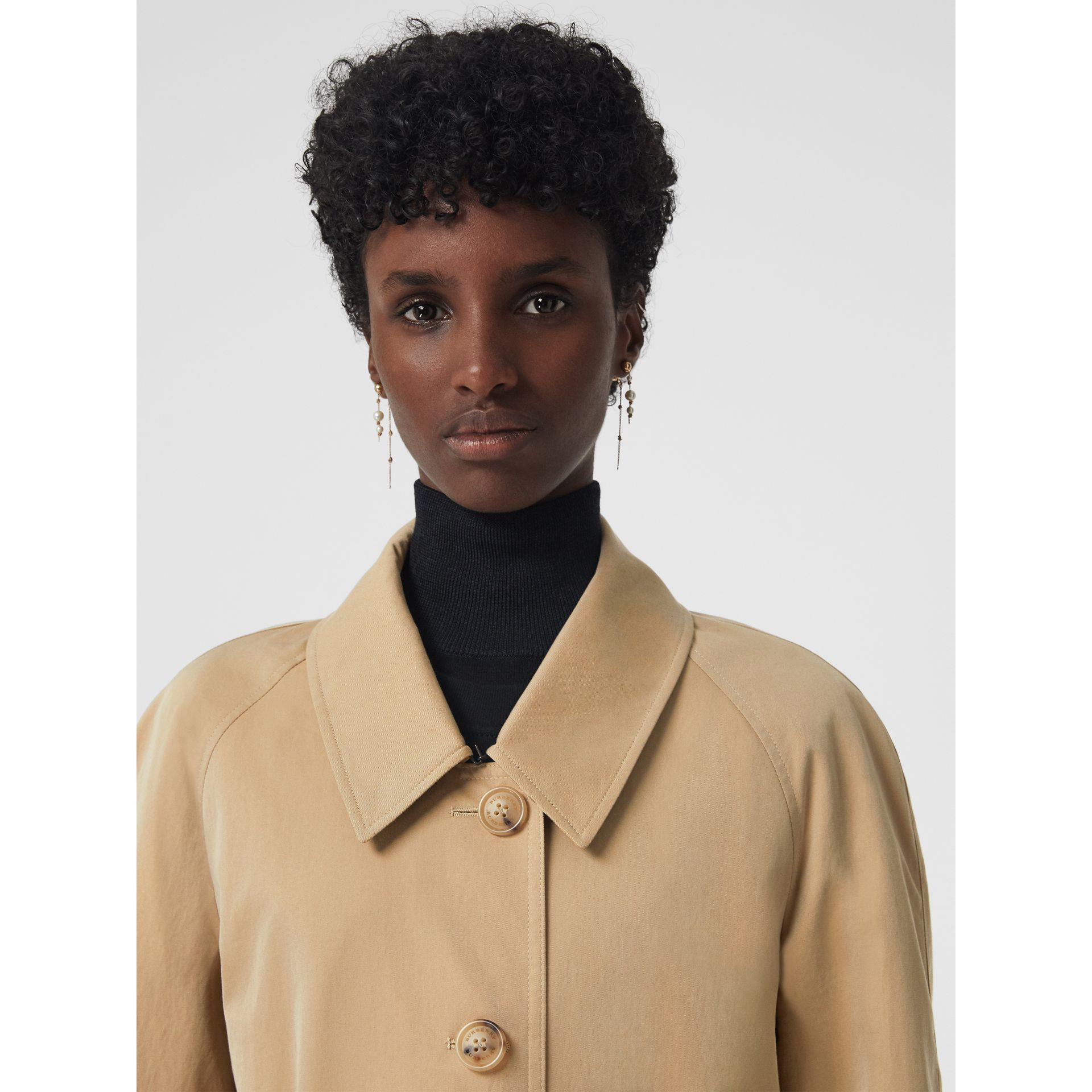 Side-slit Tropical Gabardine Trench Coat in Honey - Women | Burberry Canada - gallery image 4