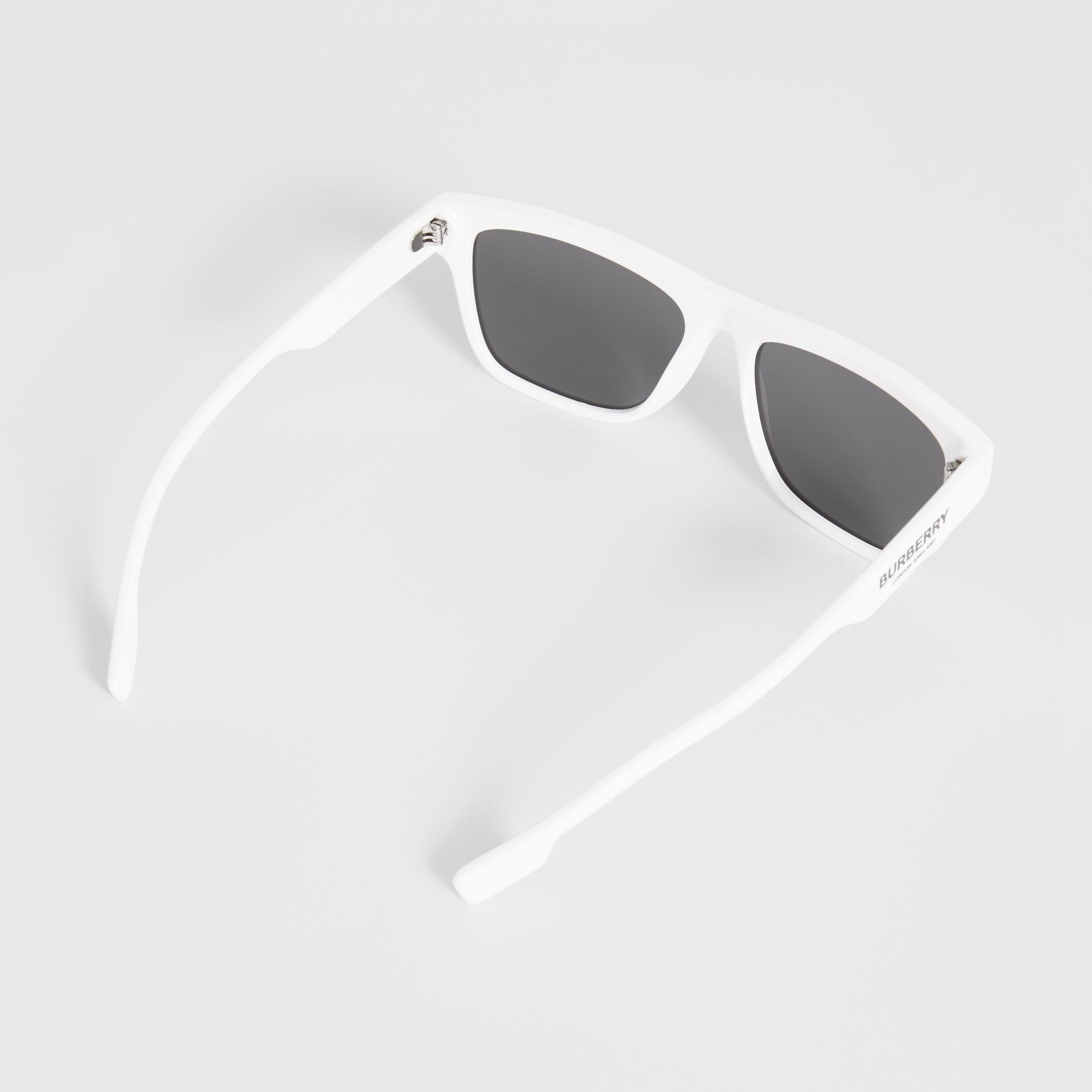 Square Frame Sunglasses in White - Men | Burberry Canada - gallery image 4