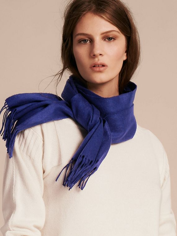 The Classic Cashmere Scarf in Bright Sapphire | Burberry - cell image 2