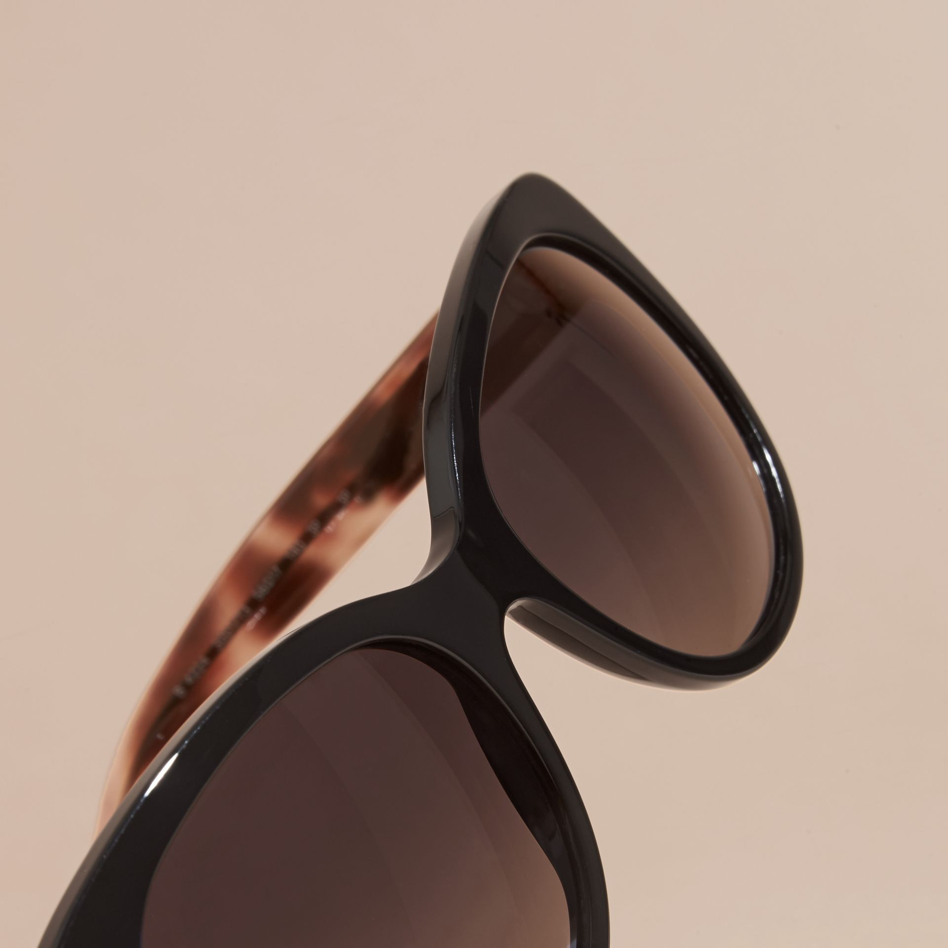Black Check Detail Cat-eye Sunglasses Black - gallery image 2