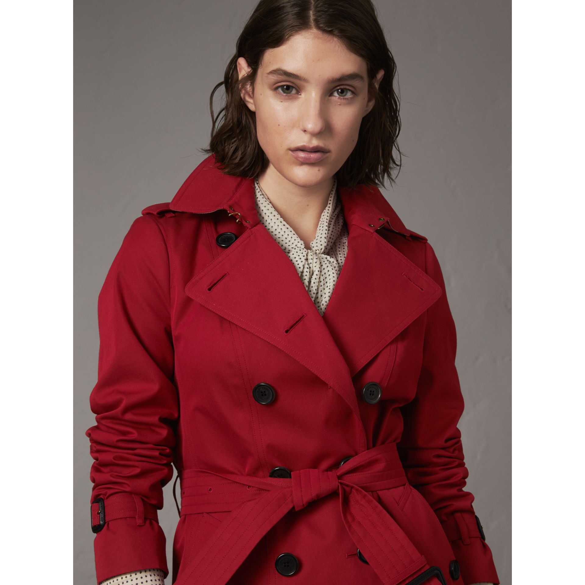 The Sandringham – Mid-length Heritage Trench Coat in Parade Red - Women | Burberry - gallery image 5
