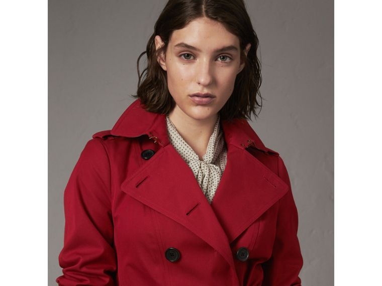 The Sandringham – Mid-length Heritage Trench Coat in Parade Red - Women | Burberry - cell image 4