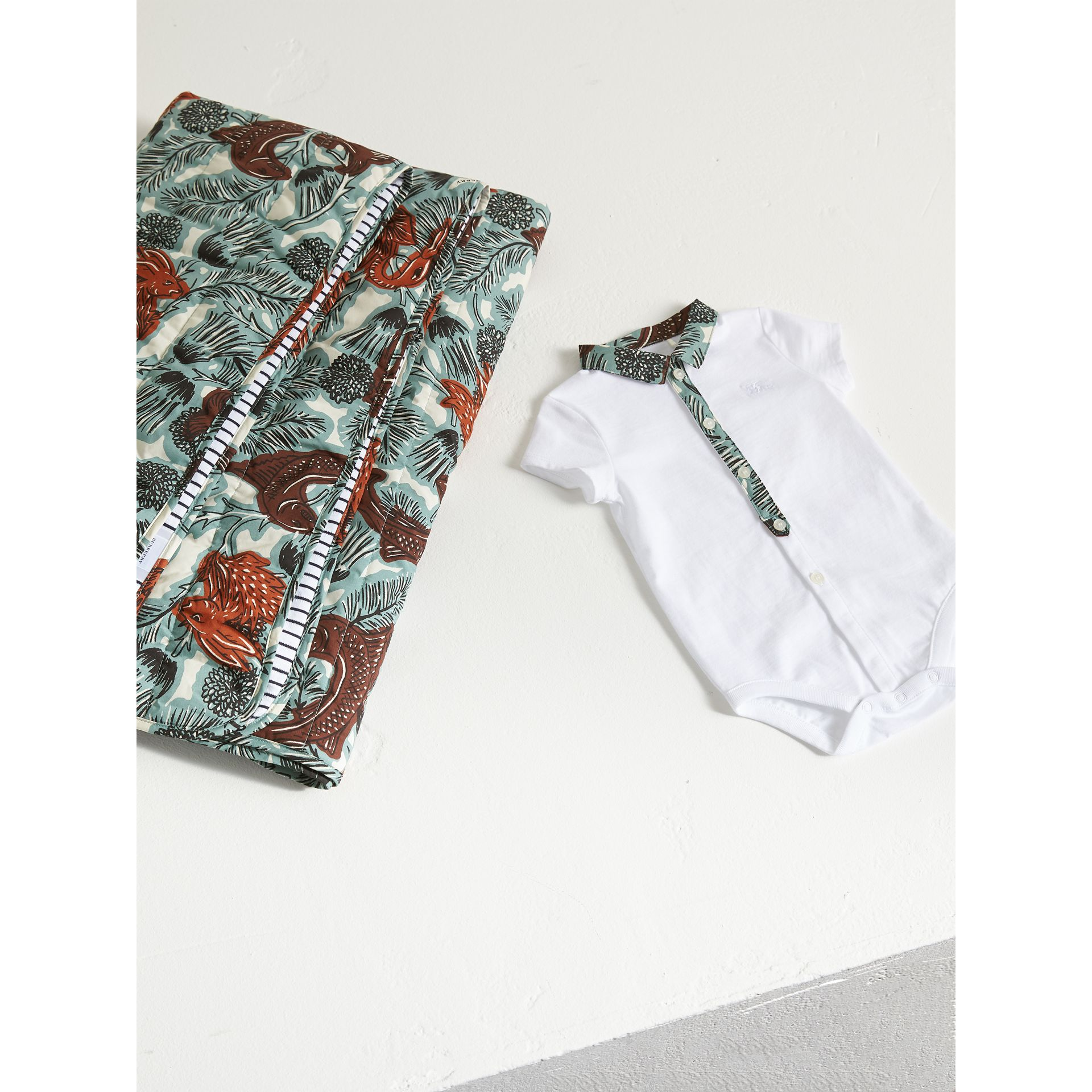 Beasts Print Cotton Two-piece Baby Gift Set | Burberry - gallery image 3