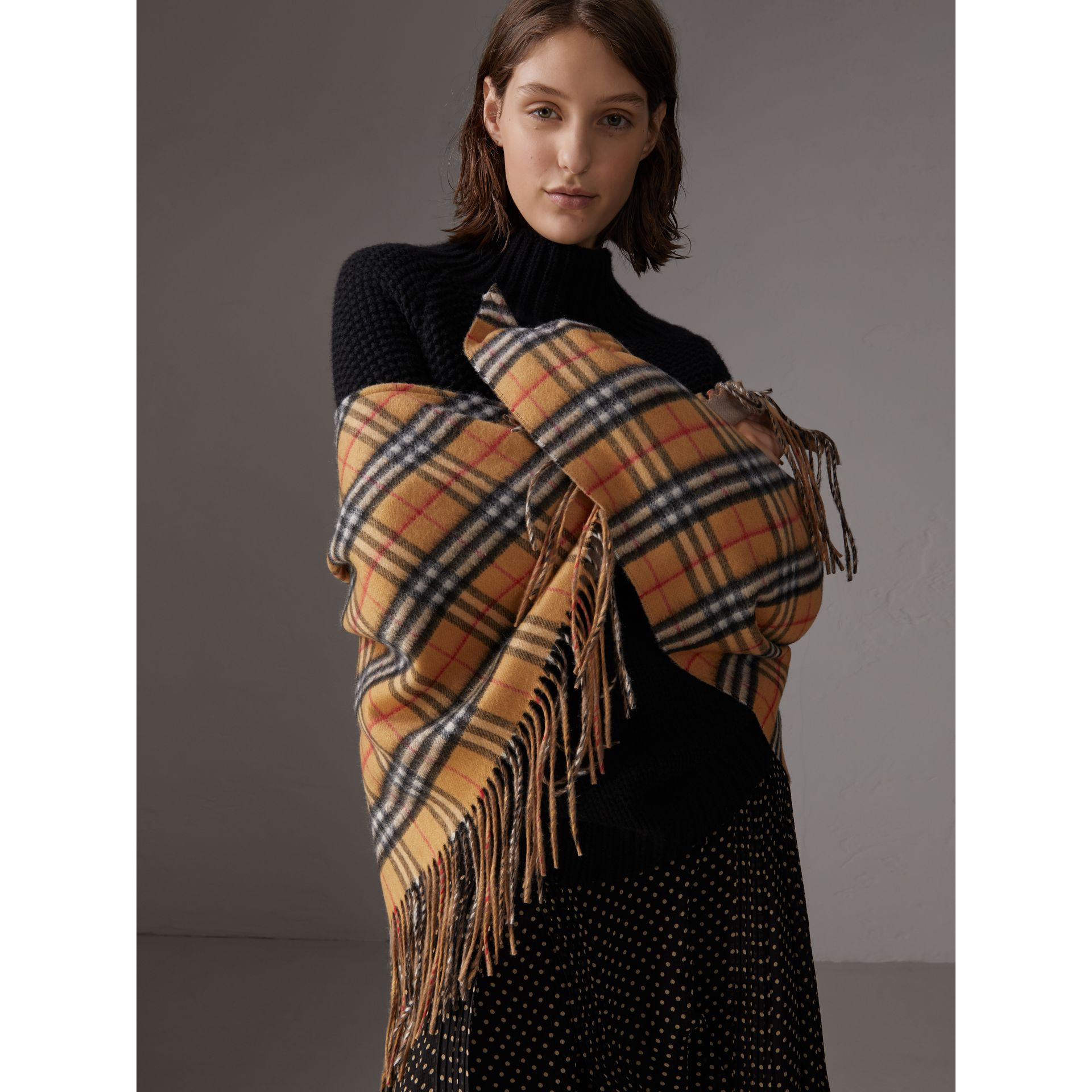 The Burberry Bandana in Vintage Check Cashmere in Sandstone | Burberry - gallery image 7