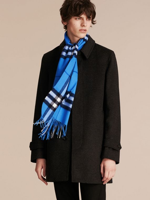 The Classic Cashmere Scarf in Check  Bright Cornflower Blue - cell image 3