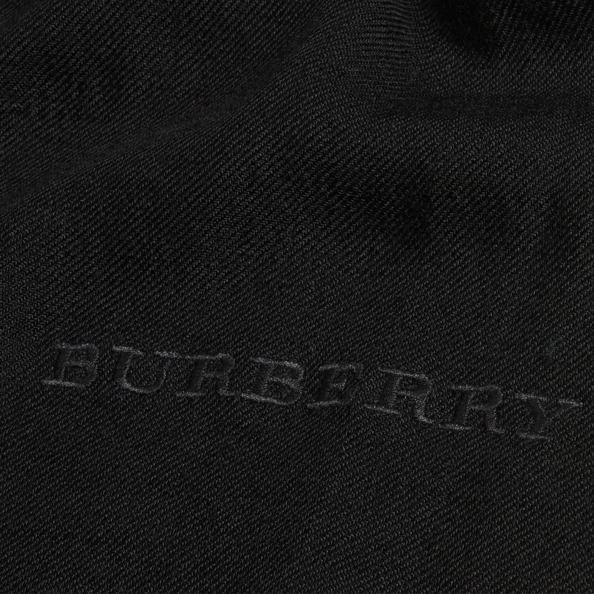 The Lightweight Cashmere Scarf in Black | Burberry - gallery image 5