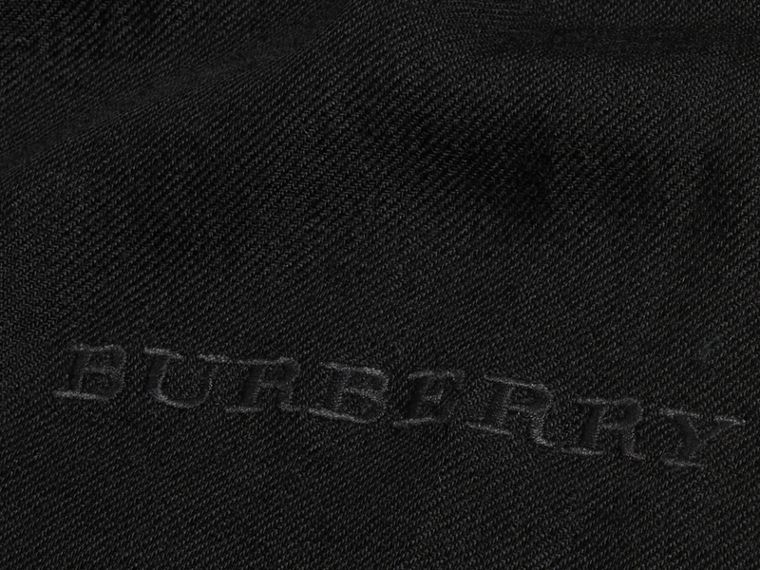 The Lightweight Cashmere Scarf in Black | Burberry - cell image 4