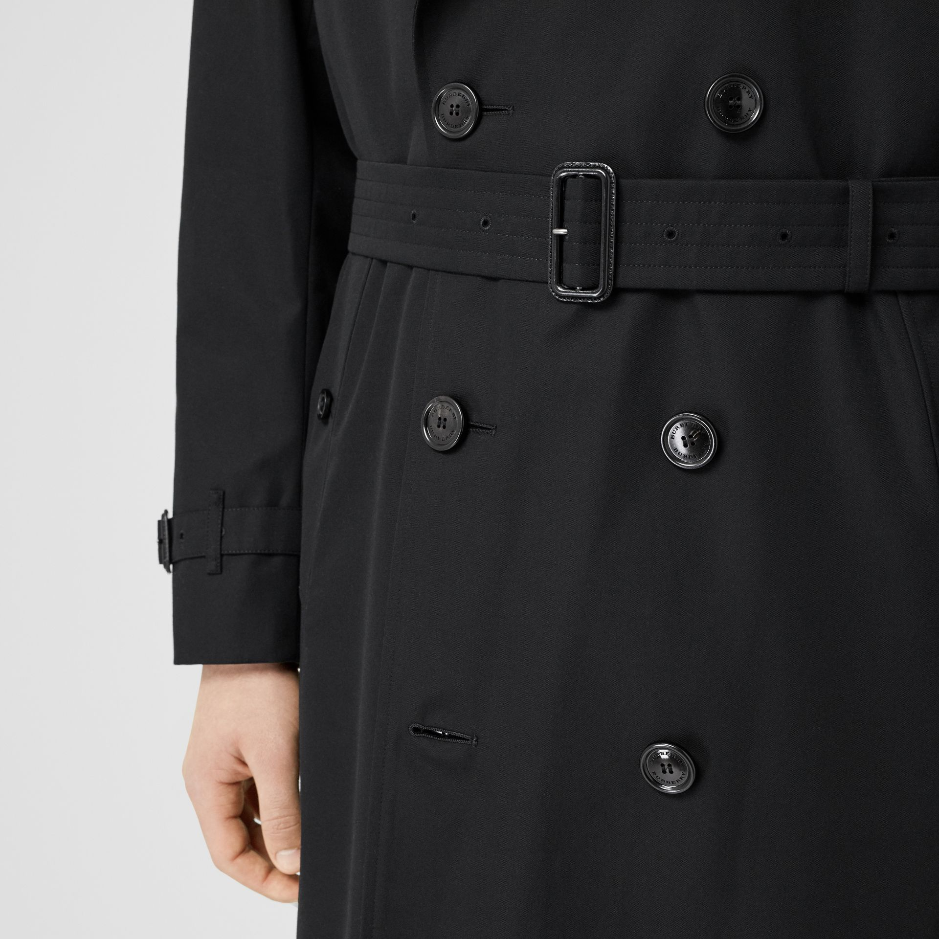 The Long Kensington Heritage Trench Coat in Black - Men | Burberry - gallery image 5