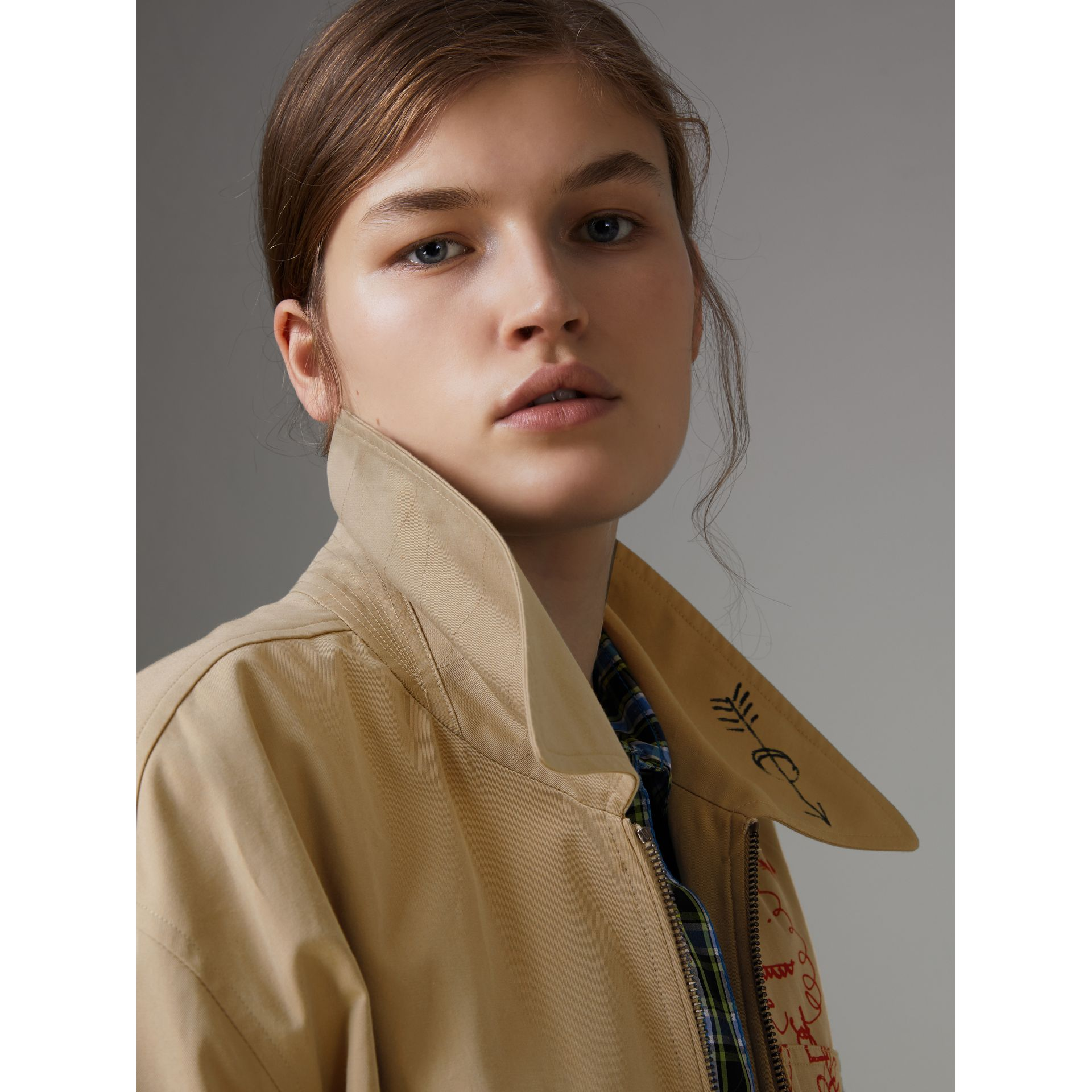 Postcard Print Tropical Gabardine Harrington Jacket in Honey - Women | Burberry - gallery image 5