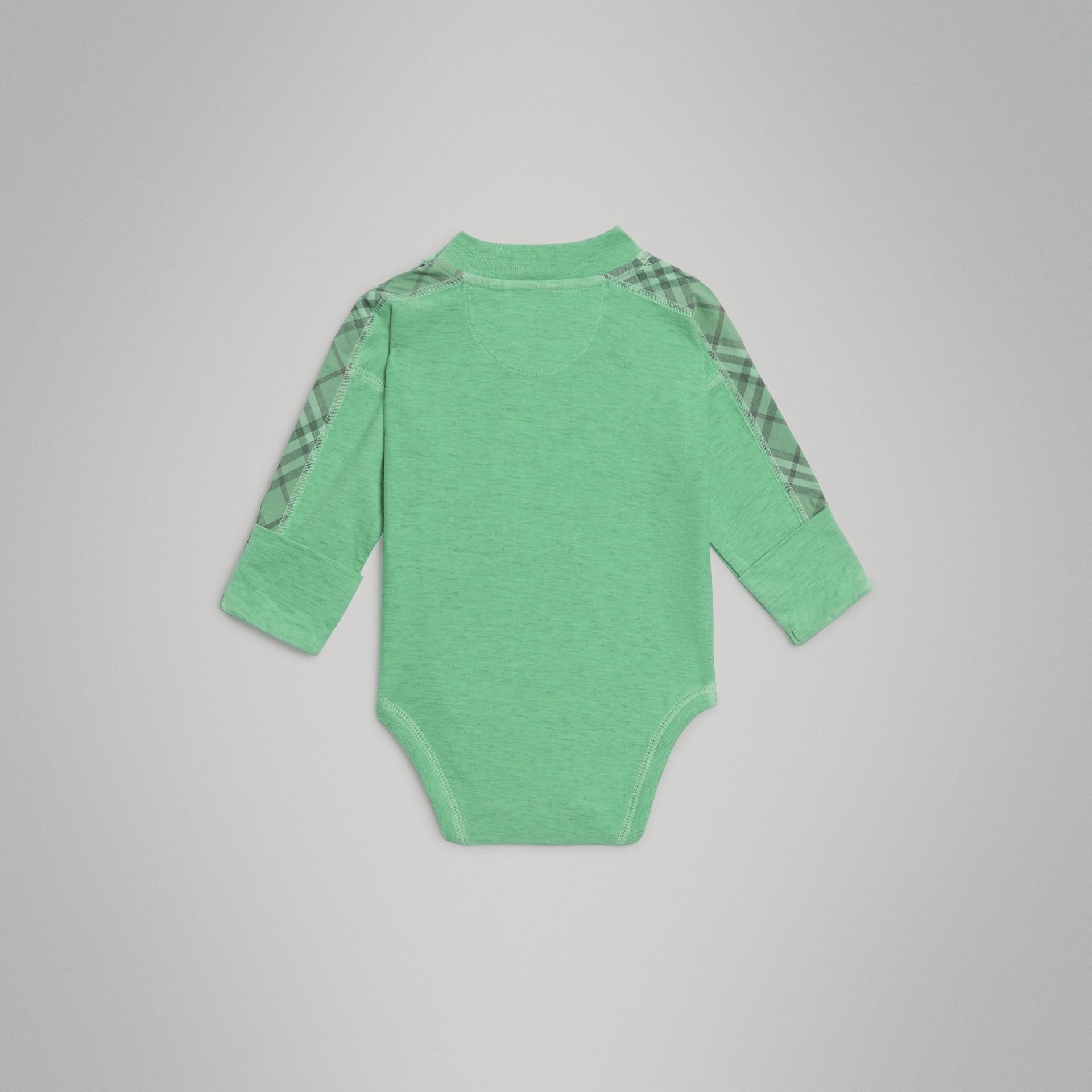 Gift set para bebê de três peças de algodão com detalhe xadrez (Multicolorido) - Crianças | Burberry - galeria de imagens 6