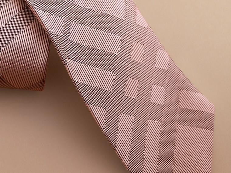 Gravata de sarja de seda com estampa xadrez em jacquard e corte moderno (Rosa Malva) - Homens | Burberry - cell image 1