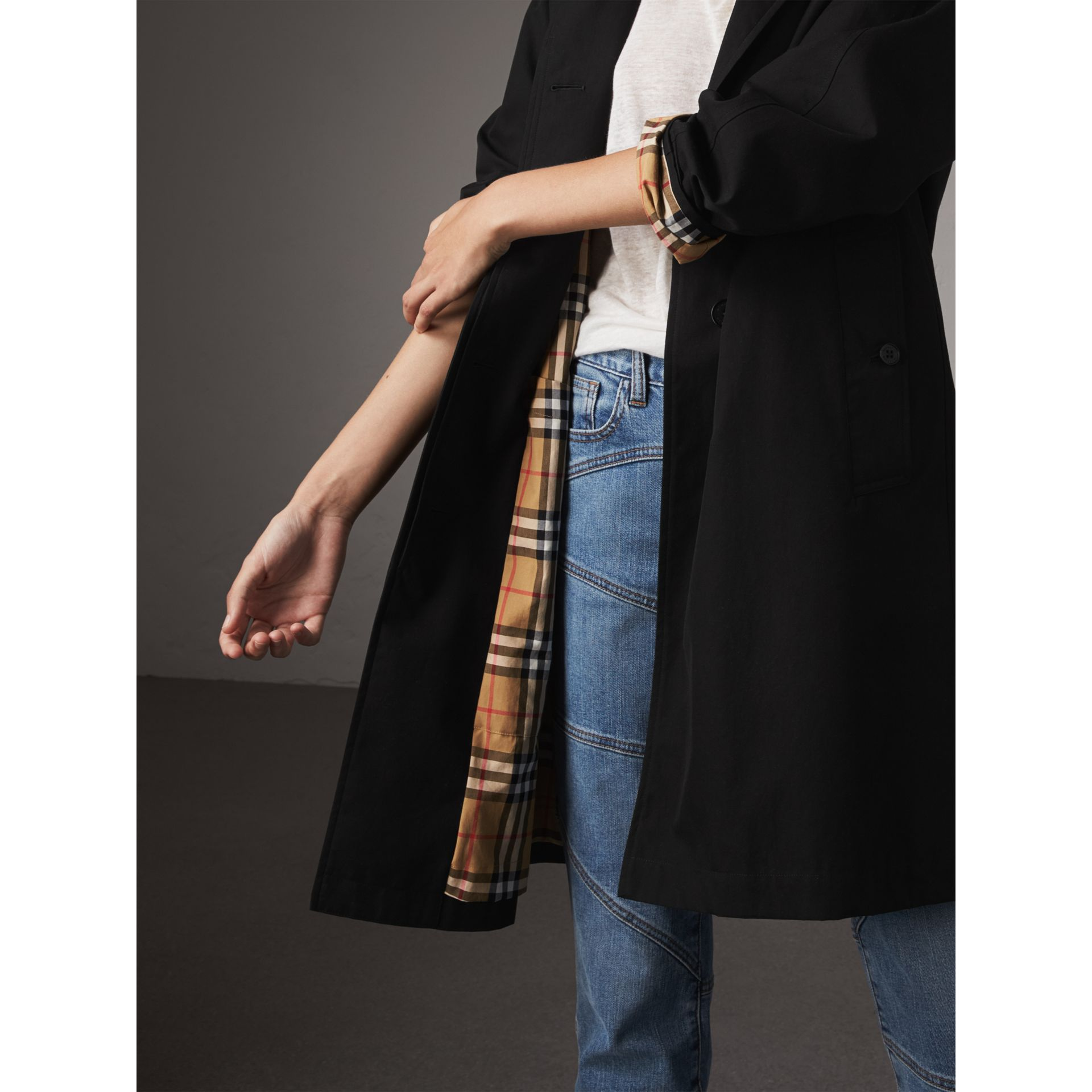 The Camden – Long Car Coat in Black - Women | Burberry United States - gallery image 5