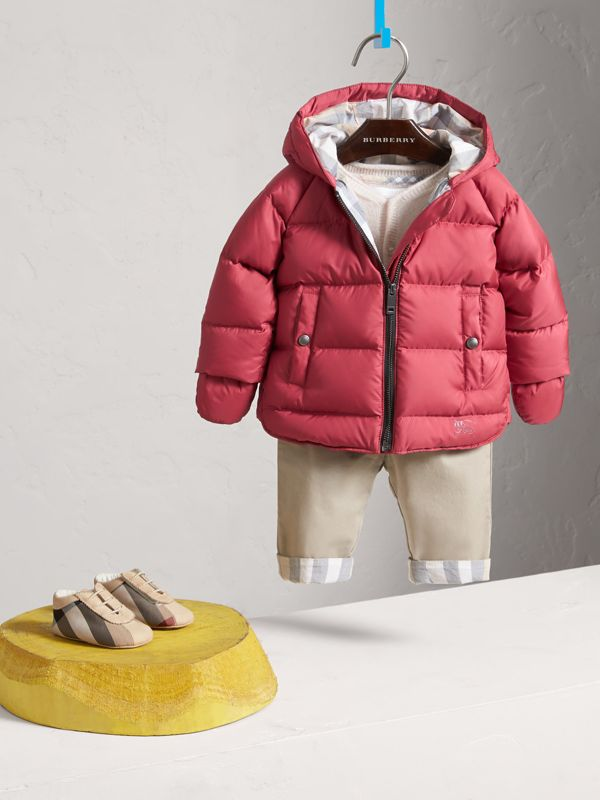Hooded Down-filled Puffer Jacket with Mittens in Peony Rose | Burberry - cell image 2