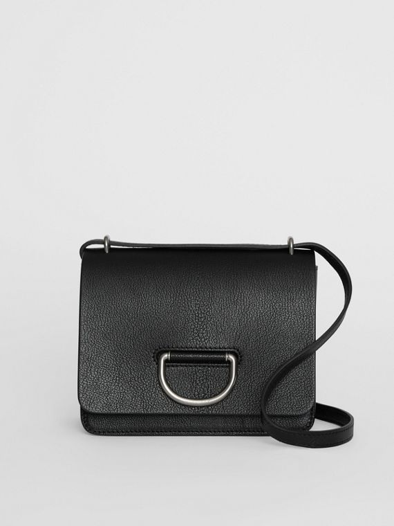 The Small D-Ring Bag aus Leder (Schwarz)