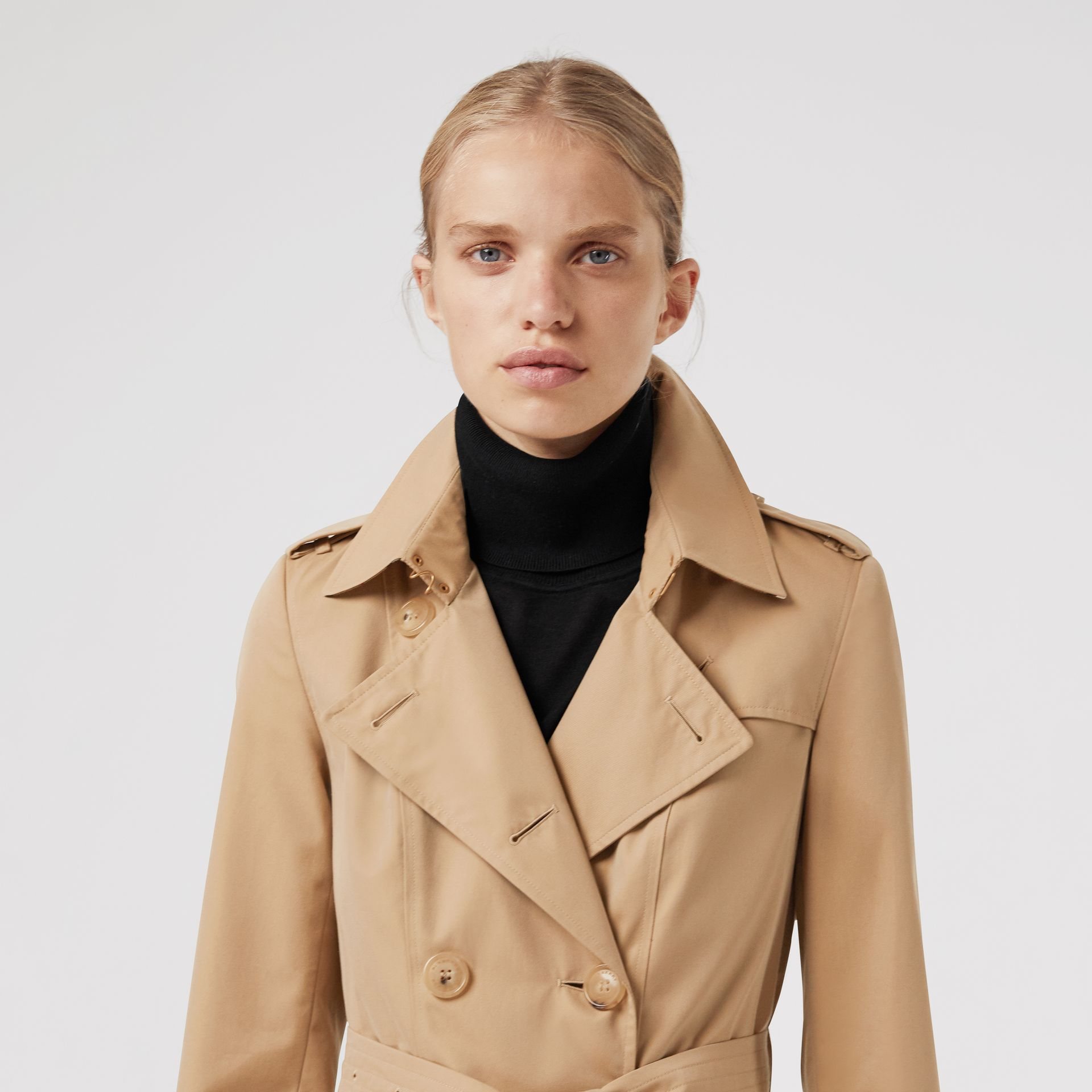 Trench coat Heritage The Chelsea (Miele) - Donna | Burberry - immagine della galleria 5