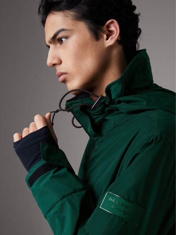 Packaway Hood Shape-memory Taffeta Jacket in Racing Green - Men | Burberry - cell image 1