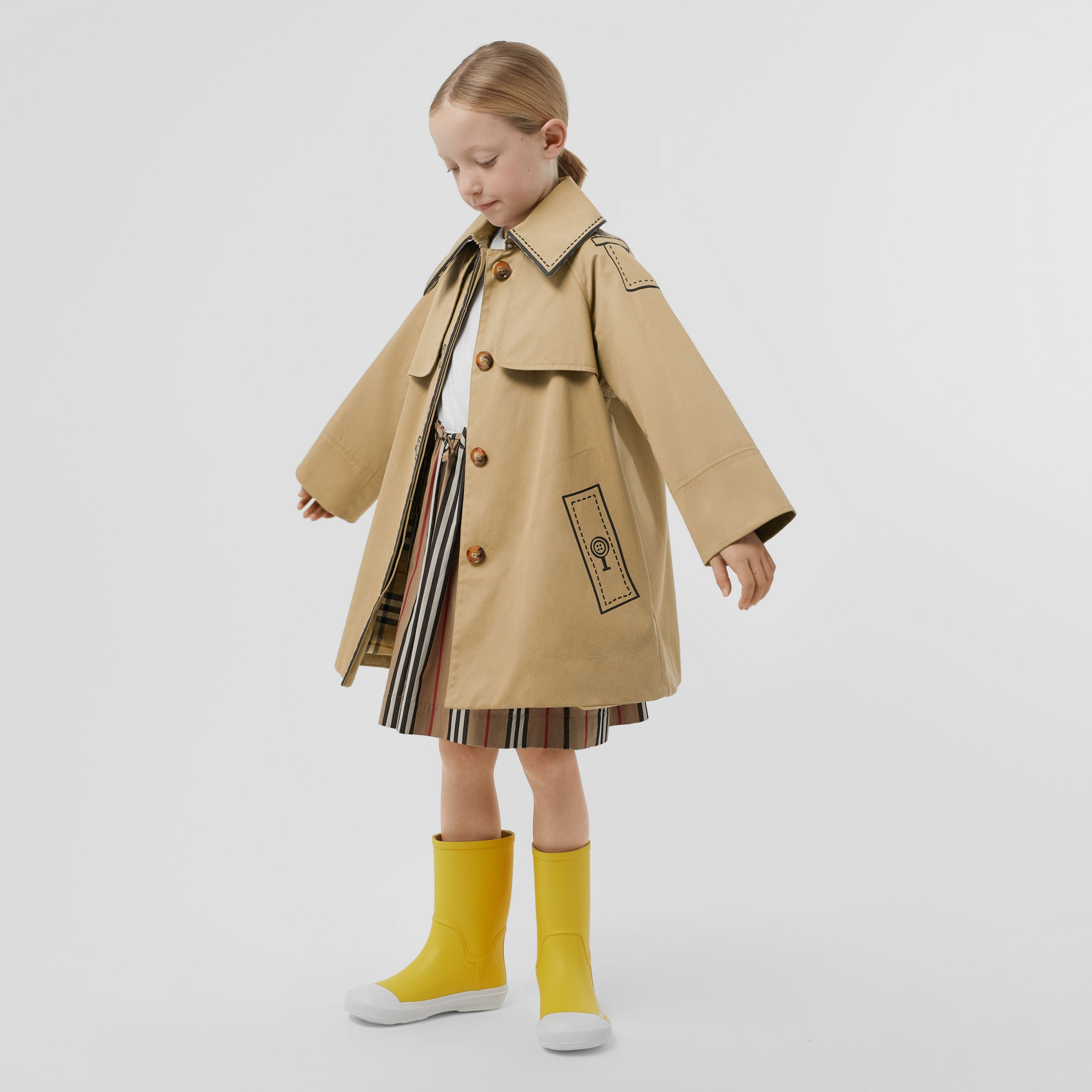 Trompe L'Oeil Cotton Swing Coat in Honey | Burberry United Kingdom - 3