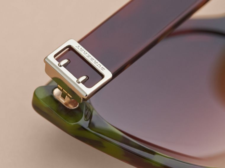 Buckle Detail Cat-eye Frame Sunglasses in Cardinal Red - Women | Burberry - cell image 1