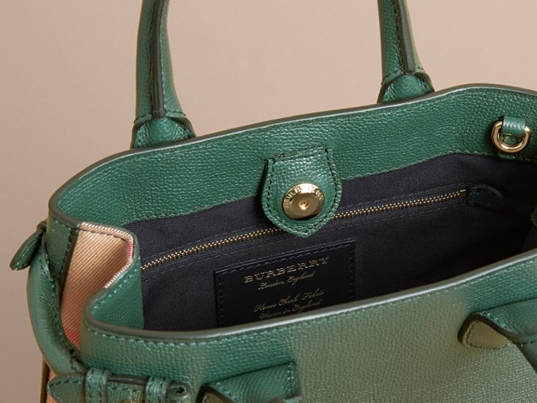 The Small Banner in Leather and House Check in Dark Bottle Green - Women | Burberry - cell image 4