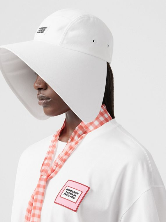 Logo Appliqué Cotton Bonnet Cap in Optic White