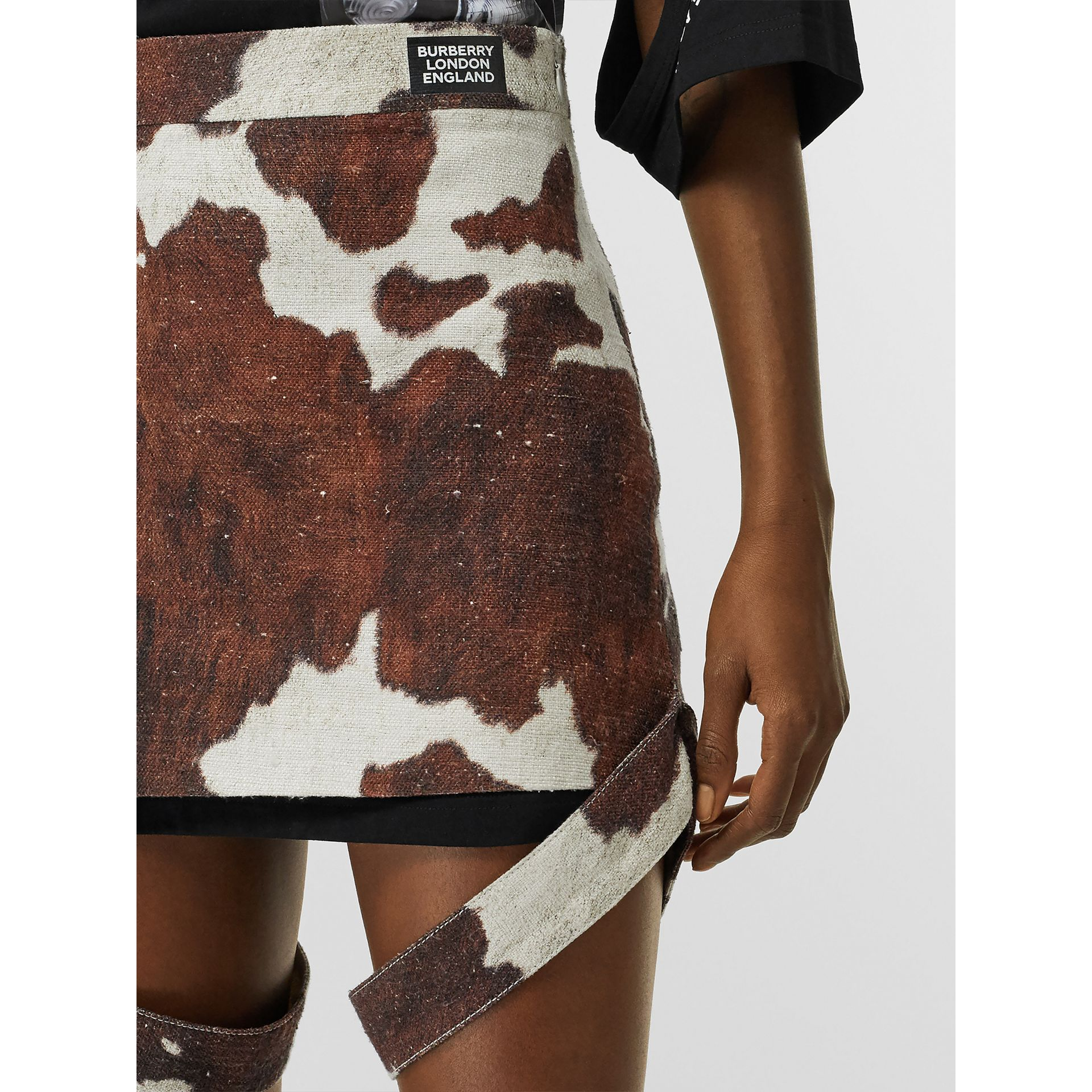 Strap Detail Animal Print Cotton Linen Mini Skirt in Brown - Women | Burberry Canada - gallery image 5
