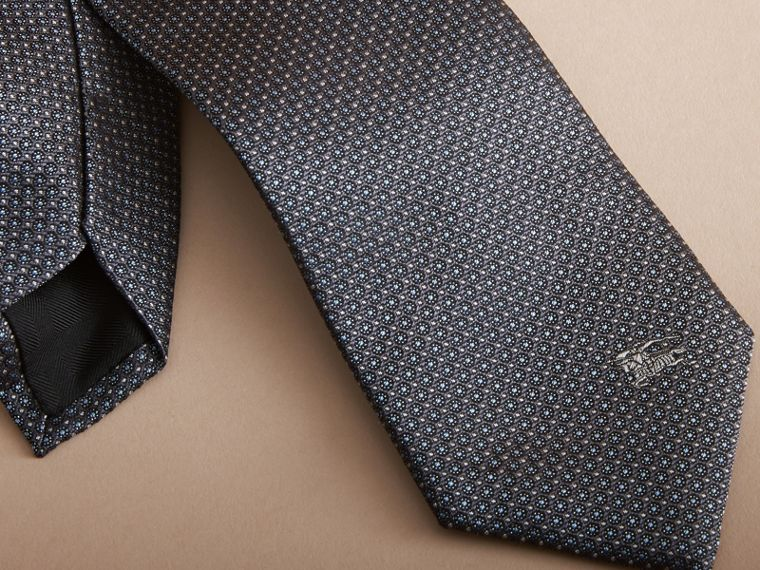 Modern Cut Patterned Silk Tie in Mid Grey - cell image 1