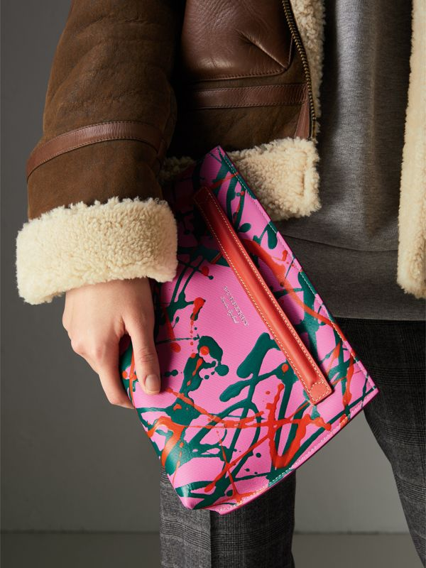 Splash Trench Leather Pouch in Rose Pink/orange Red - Women | Burberry United Kingdom - cell image 3