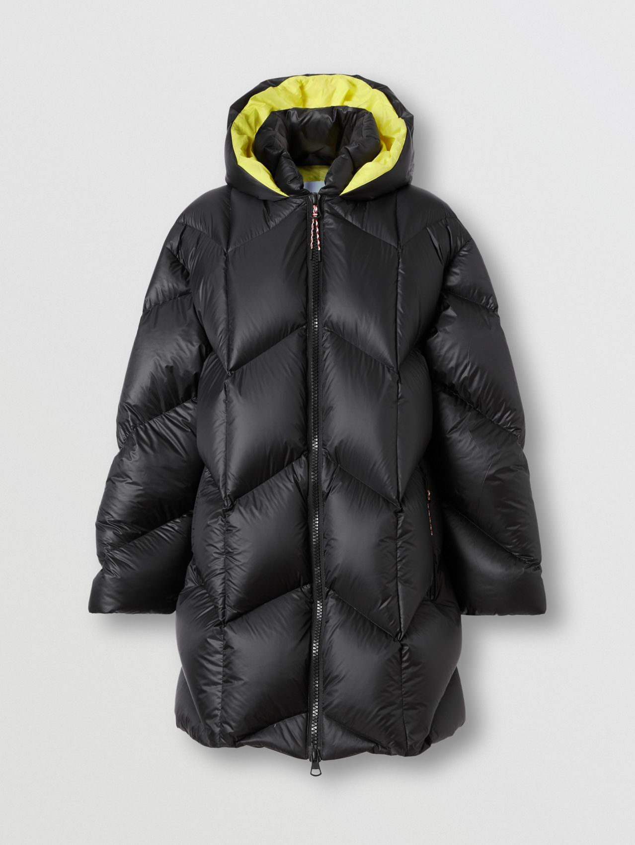 Lightweight Hooded Puffer Jacket in Black