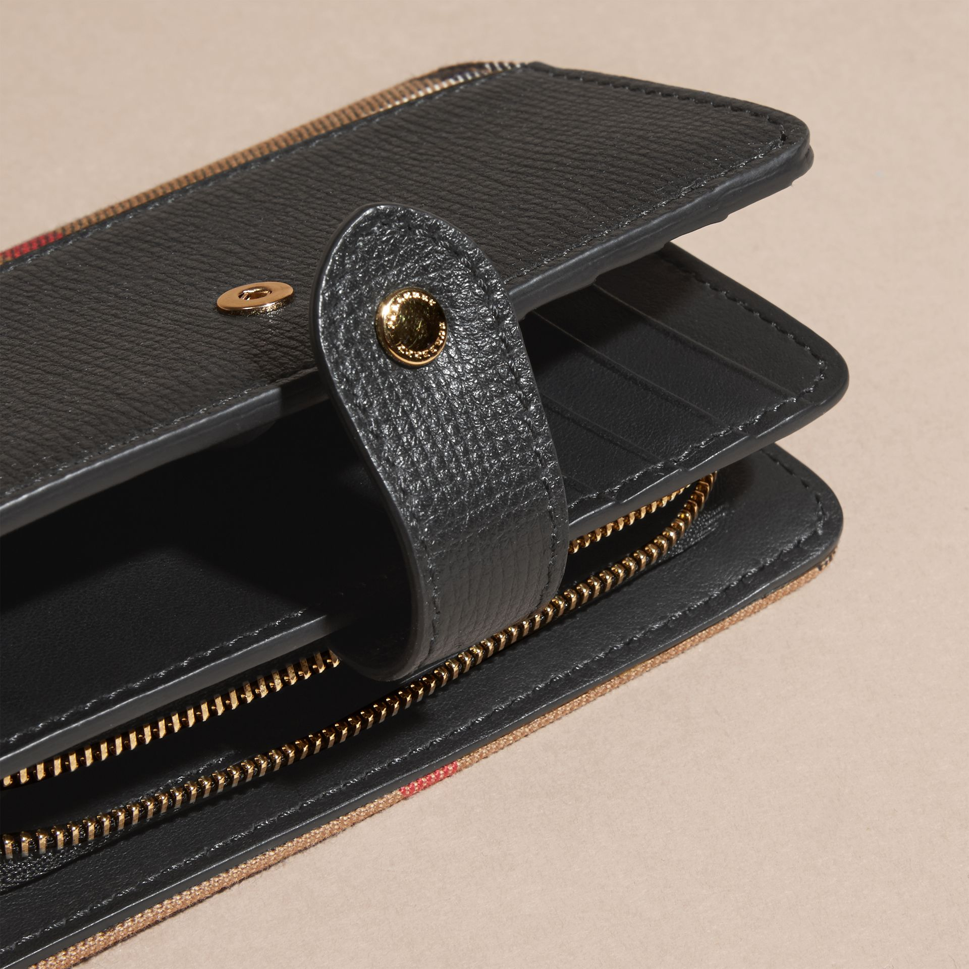 Black House Check and Leather Wallet Black - gallery image 4