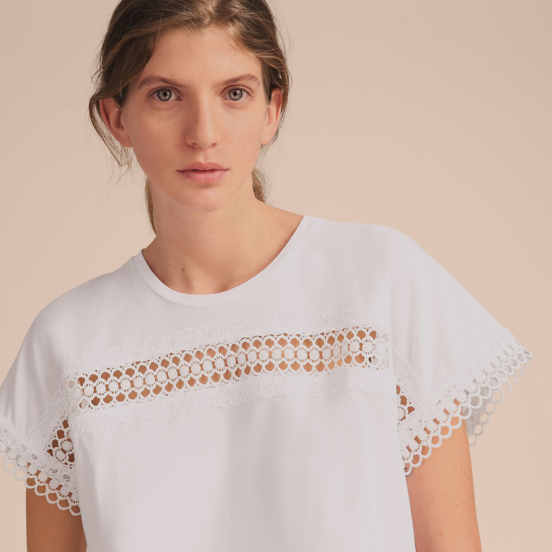 Lace Detail Cotton T-shirt White - gallery image 5
