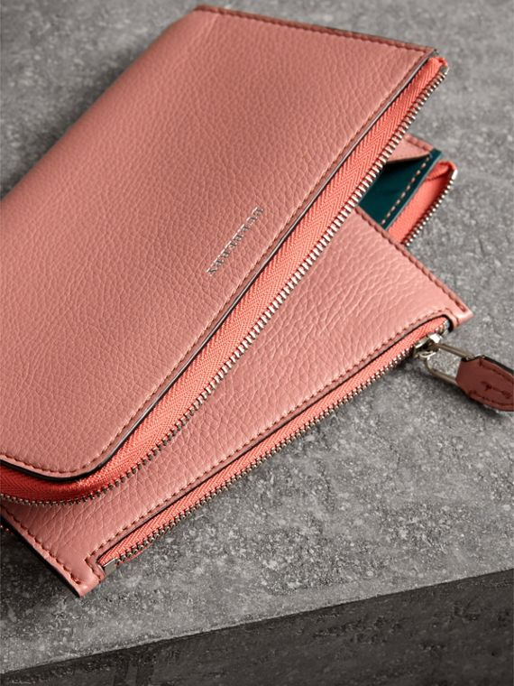 Two-tone Leather Ziparound Wallet and Coin Case in Dusty Rose - Women | Burberry - cell image 3