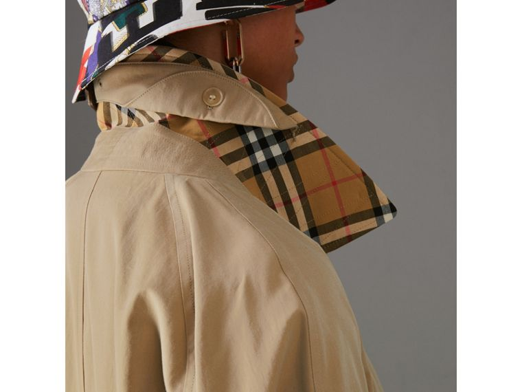The Camden Car Coat in Honey - Women | Burberry Australia - cell image 4