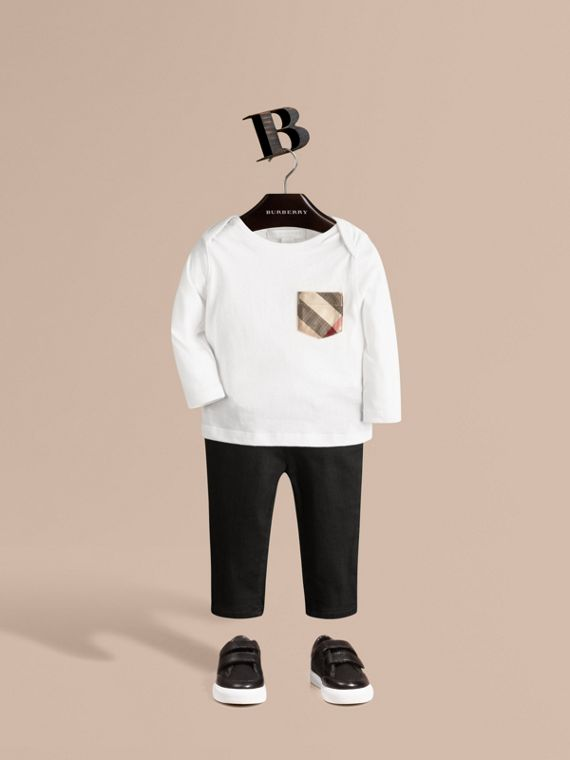 Long-sleeve Check Pocket Cotton T-shirt in White - Boy | Burberry