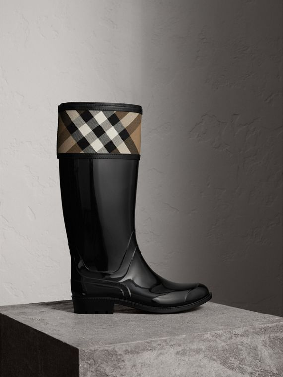 House Check Rain Boots in Black