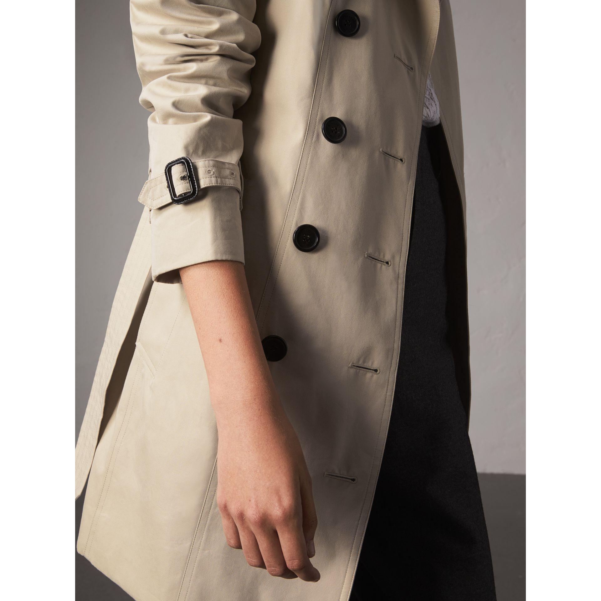 The Sandringham – Mid-Length Heritage Trench Coat in Stone - Women | Burberry - gallery image 7