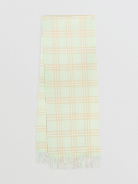 The Classic Vintage Check Cashmere Scarf in Pistachio