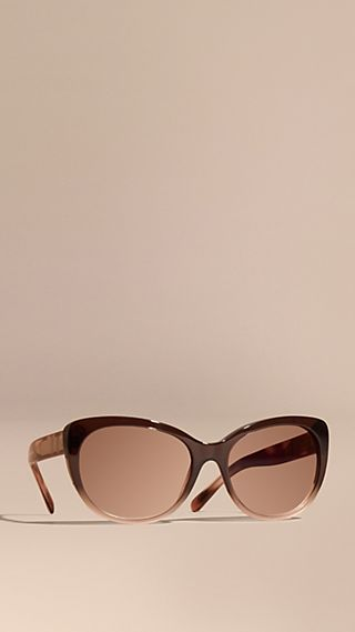 Check Detail Cat-eye Sunglasses