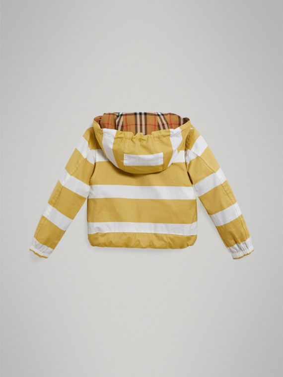 Reversible Stripe and Vintage Check Cotton Jacket in Larch Yellow/whte - Boy | Burberry Singapore - cell image 3