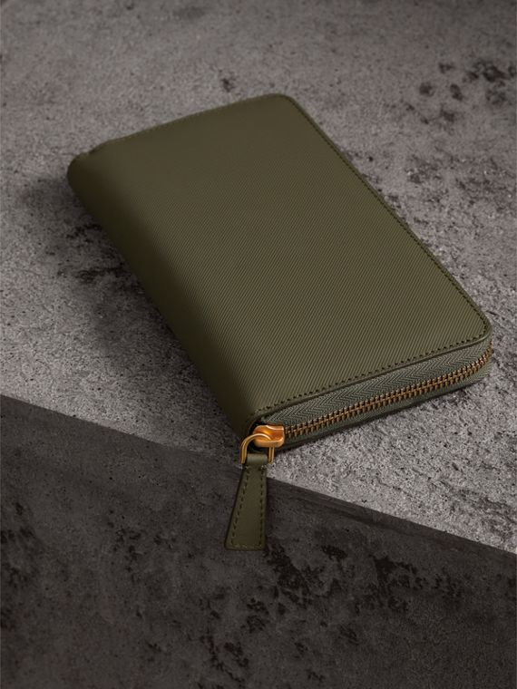 Trench Leather Ziparound Wallet in Slate Green - Men | Burberry - cell image 2