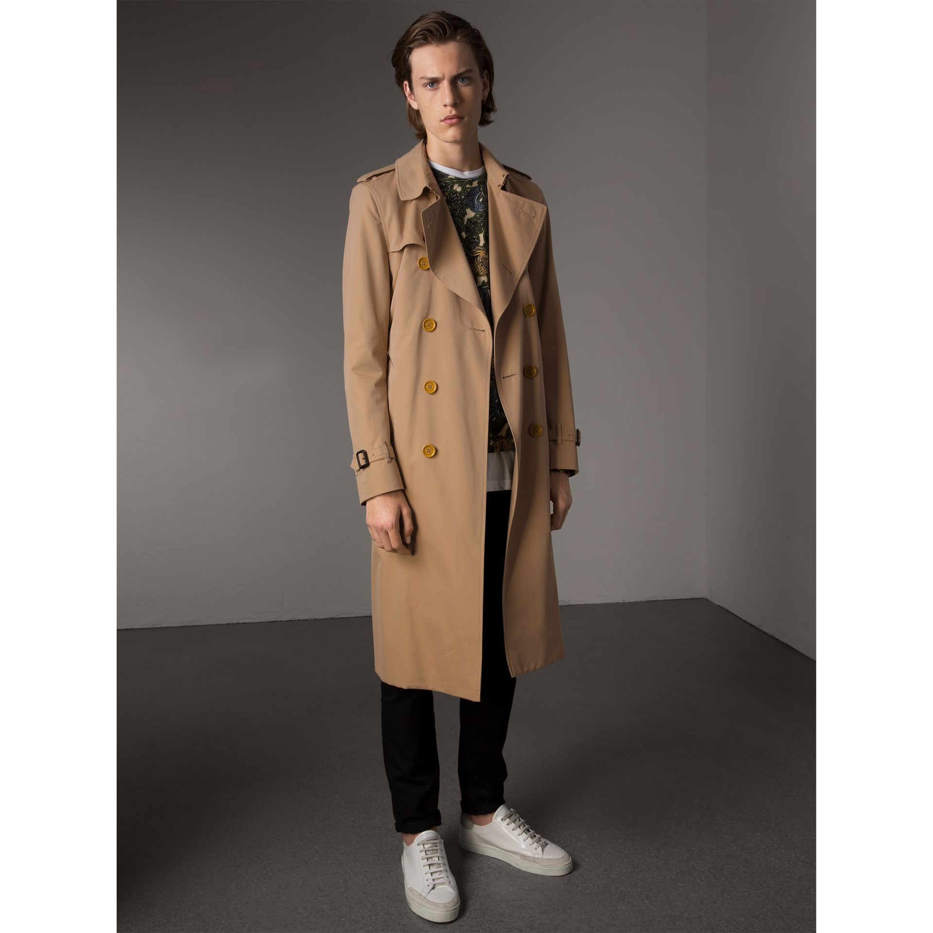 Extra-long Resin Button Cotton Gabardine Trench Coat in Honey - Men | Burberry Australia - gallery image 7