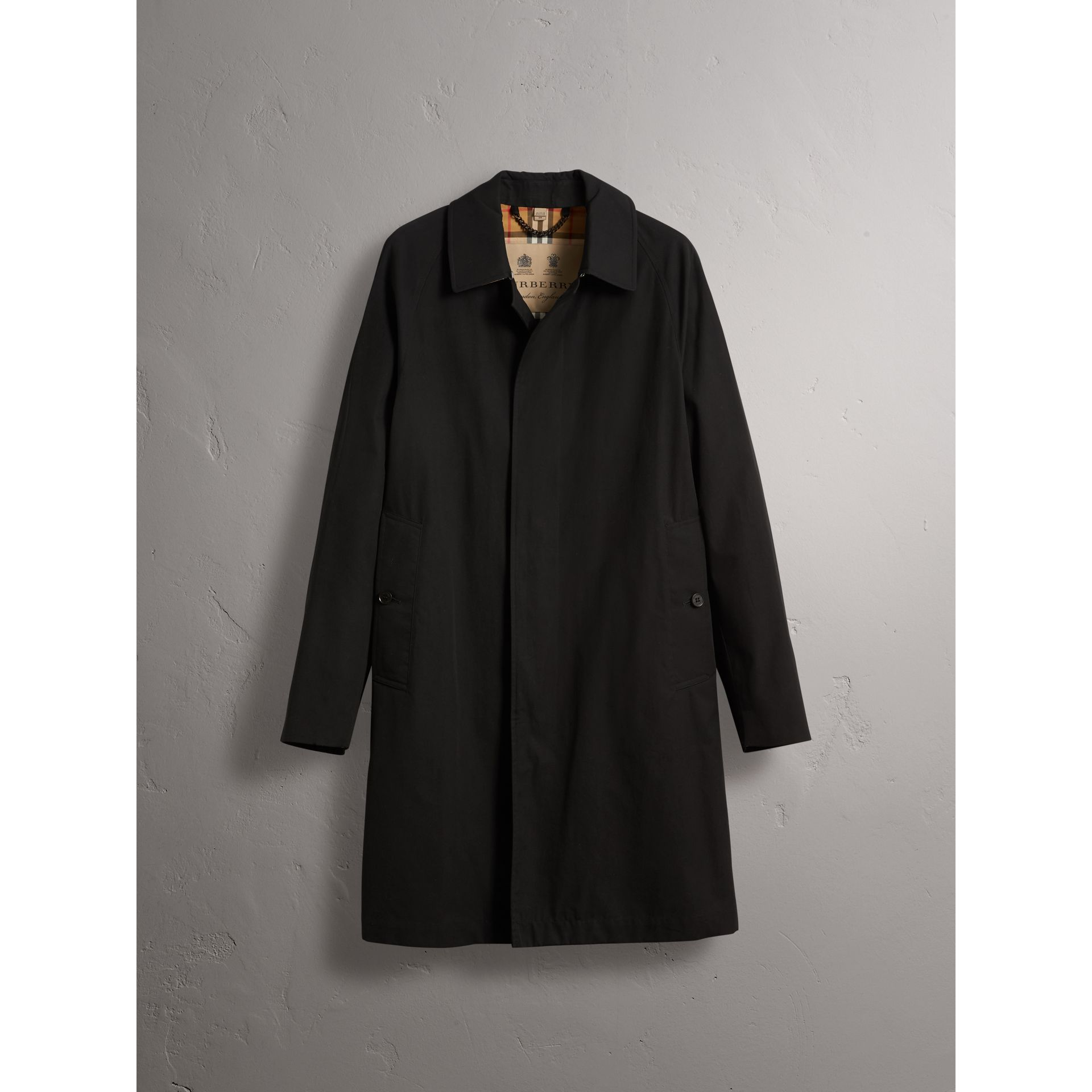 The Camden – Long Car Coat in Black - Men | Burberry United Kingdom - gallery image 4