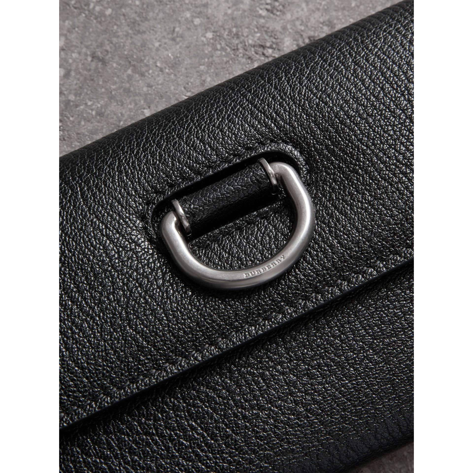 D-ring Grainy Leather Continental Wallet in Black/green - Women | Burberry - gallery image 1