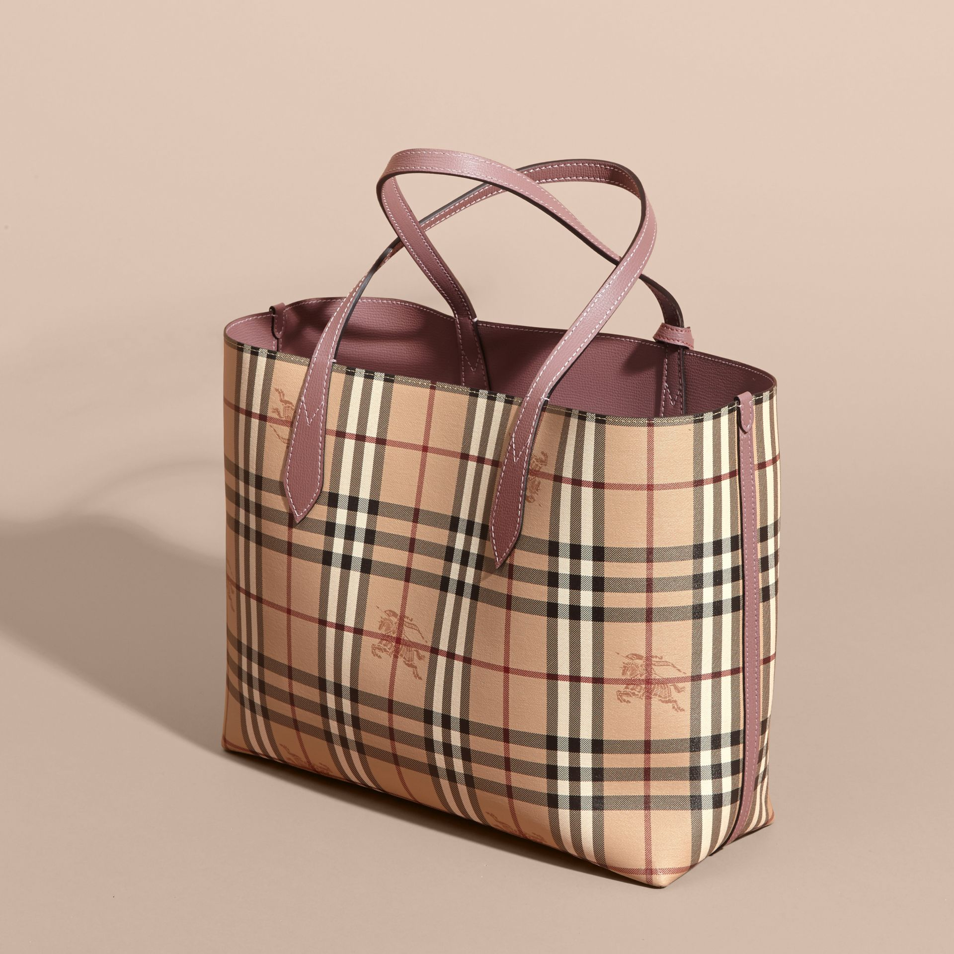 The Medium Reversible Tote in Haymarket Check and Leather in Light Elderberry - Women | Burberry Canada - gallery image 5
