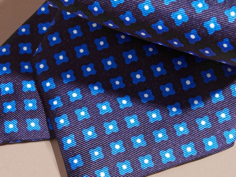 Bright hydrangea blue Modern Cut Printed Silk Tie Bright Hydrangea Blue - cell image 1