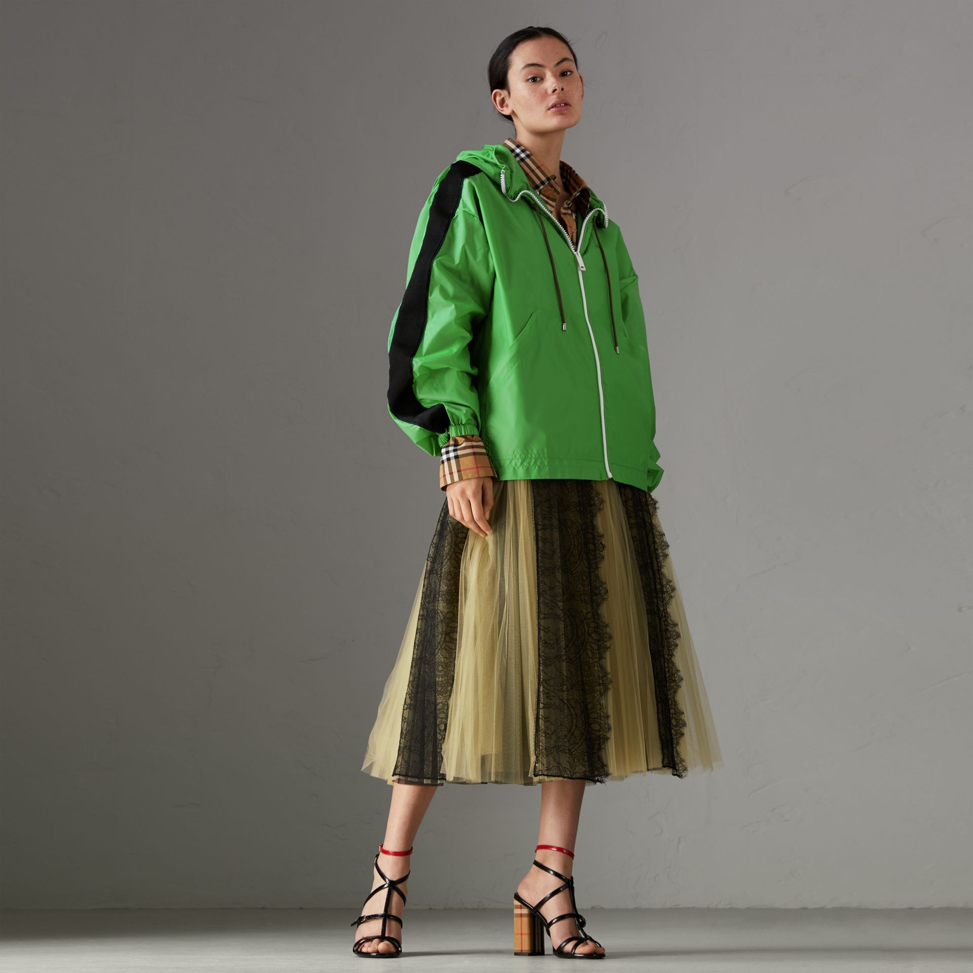 Stripe Detail Showerproof Hooded Jacket in Bright Pigment Green - Women | Burberry - gallery image 0