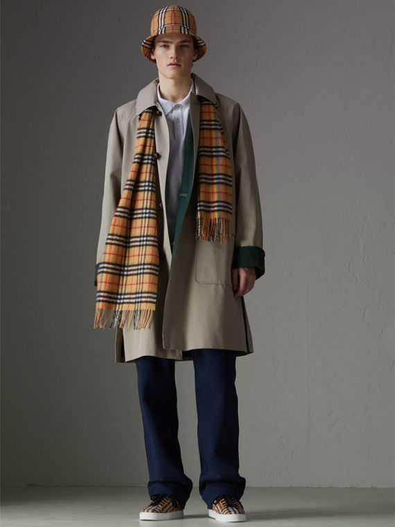 The Classic Rainbow Vintage Check Cashmere Scarf in Antique Yellow | Burberry United Kingdom - cell image 3