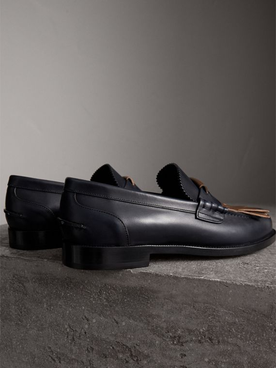 Contrast Kiltie Fringe Leather Loafers in Navy/dark Tan - Men | Burberry United Kingdom - cell image 3
