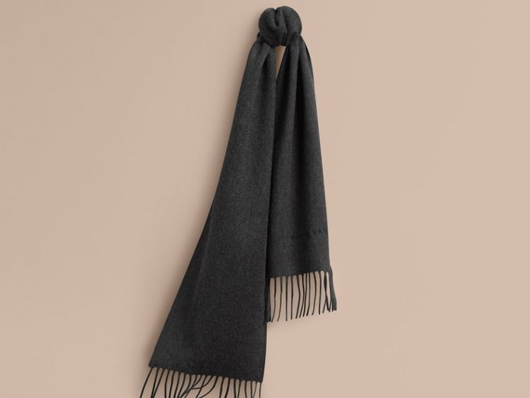 The Mini Classic Cashmere Scarf in Charcoal | Burberry Singapore - cell image 4