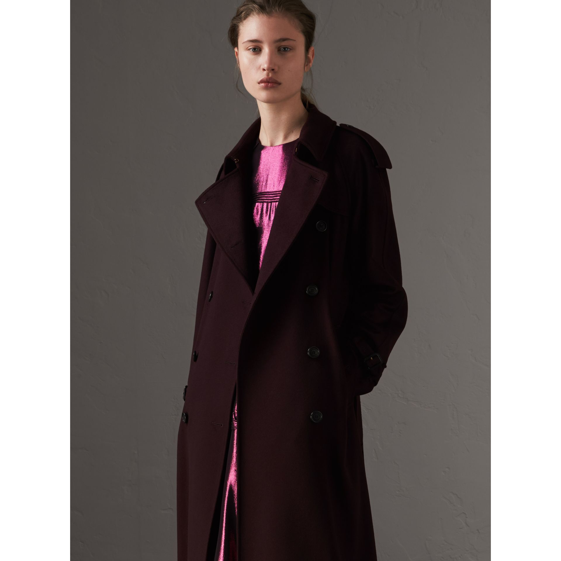 Cashmere Trench Coat in Blackcurrant - Women | Burberry - gallery image 6