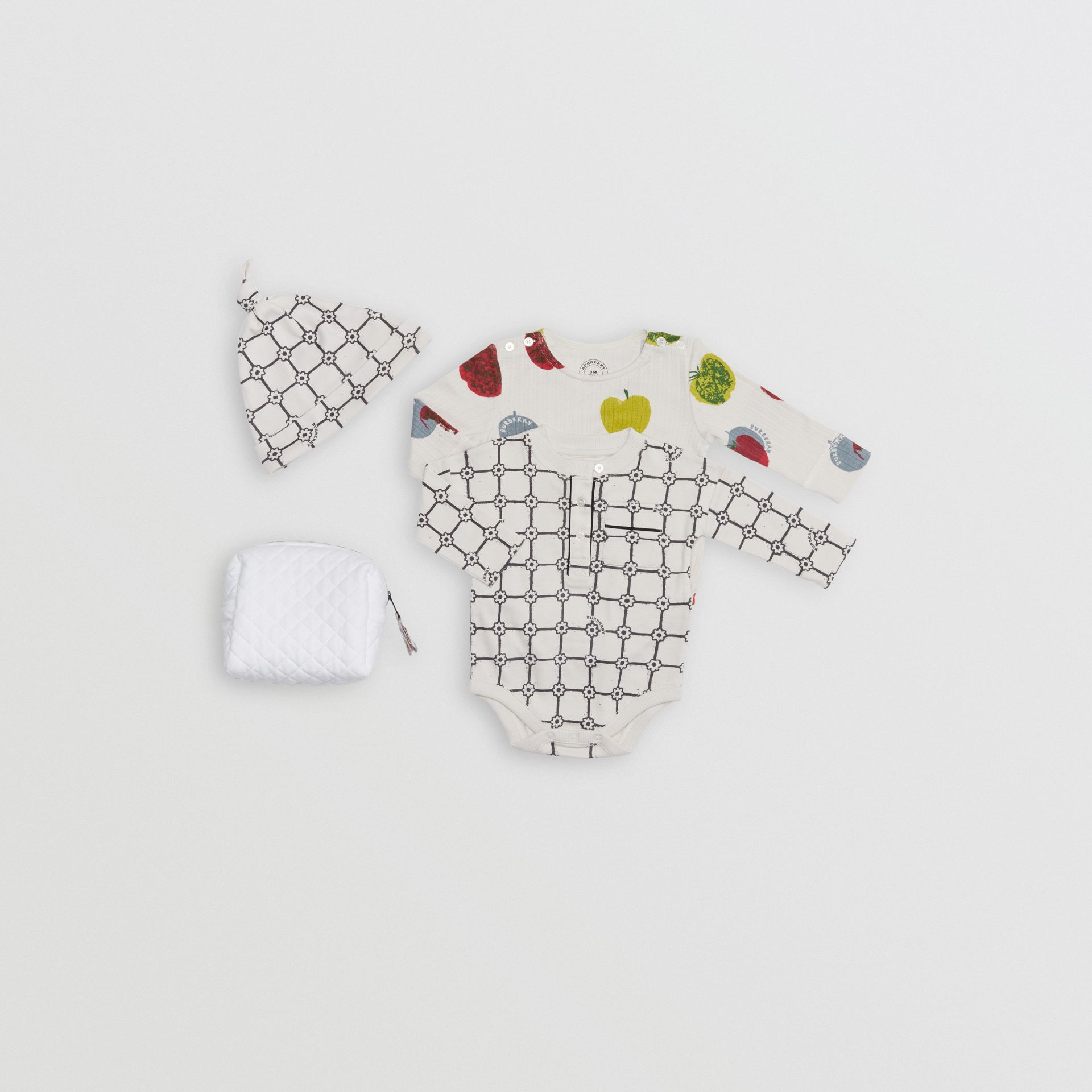Apple and Floral Print Three-piece Baby Gift Set in Stone - Children | Burberry Canada - gallery image 0